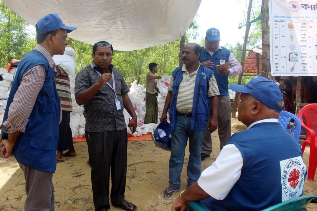 ৭০হাজার রোহিঙ্গাকে ২মাস খাওয়াবে'কারিতাস'