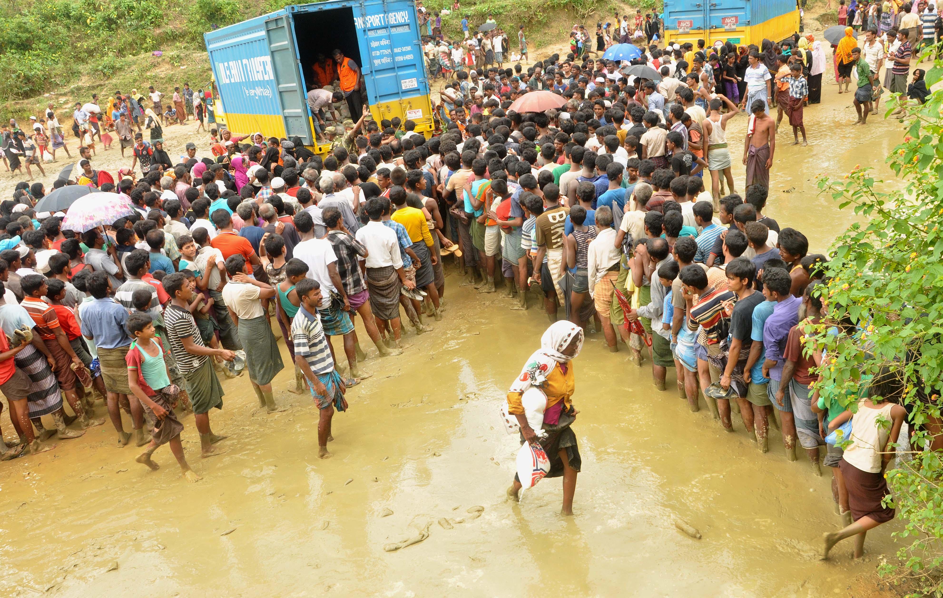 চুক্তি সই- দুই বছরে রোহিঙ্গাদের ফিরিয়ে নেবে মিয়ানমার