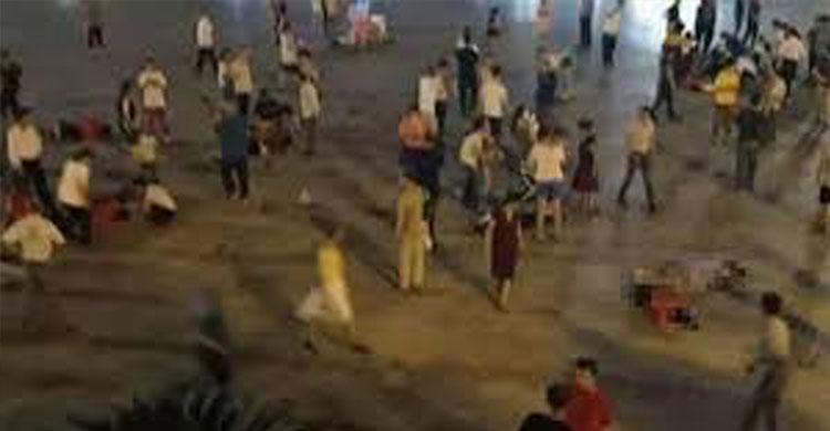 চীনে পথচারীদের ওপর গাড়ি তুলে ৯ জনকে হত্যা